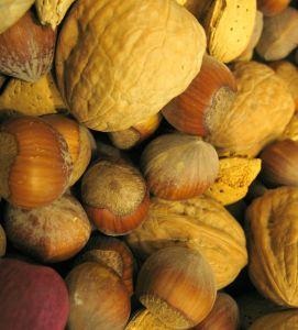 Los frutos secos aportan proteinas para vegetarianos y veganos