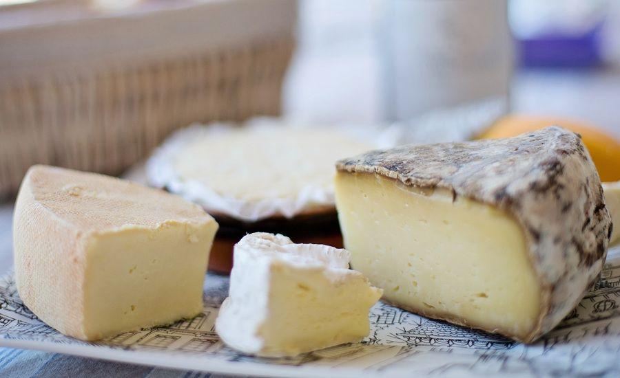 El queso manchego curado es un alimento rico en proteínas